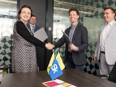 ЯКласс стал партнёром крупнейшего поставщика IT-решений в России